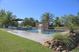 Lilies Luxury Retreats pool